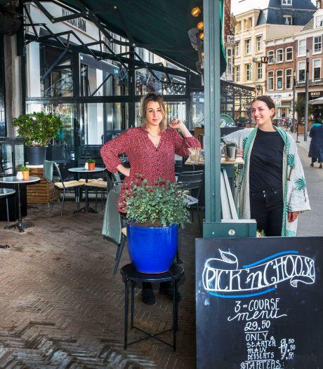 Haagse horecazaken breiden terrassen weer uit: 'Het heeft ons er vorige zomer echt bovenop geholpen'