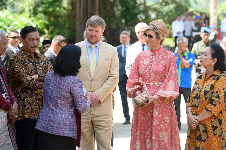 Koningin Máxima samen met koning Willem-Alexander in Indonesië. Beeld Brunopress