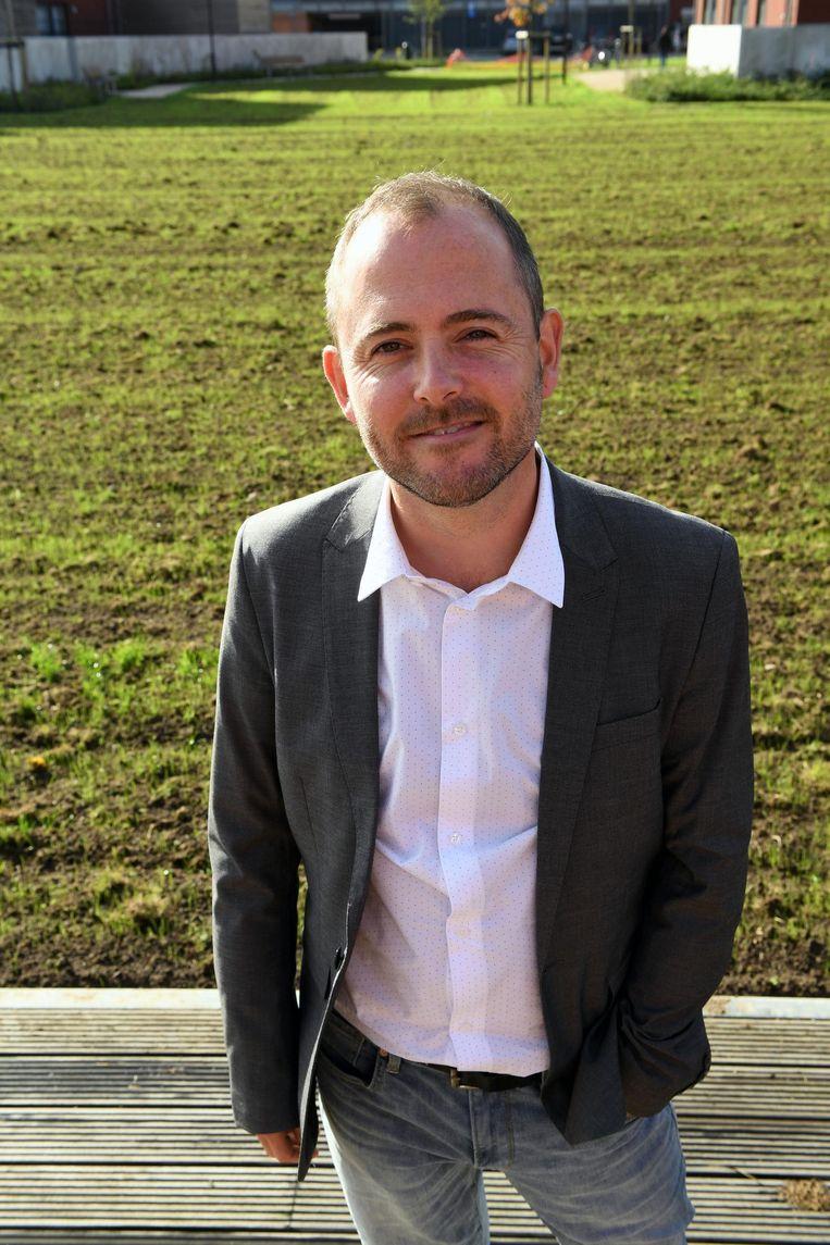 Schepen David Dessers (Groen) belooft inspraak voor de bewoners van de benedenstad.