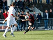 Gastel scoort er zes bij amateurtak FC Dordrecht,  Oosterhout heeft smaak te pakken tegen Slikkerveer