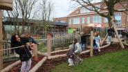 Leerlingen Sint-Vincentiusschool legden zelf natuurlijke speeltuin aan: uitdagend avonturenpark met wilgenhut en -tunnel