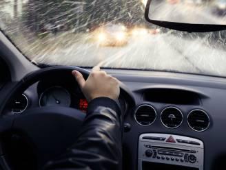 Rijden bij regenweer? Met deze tips kan u veilig de weg op