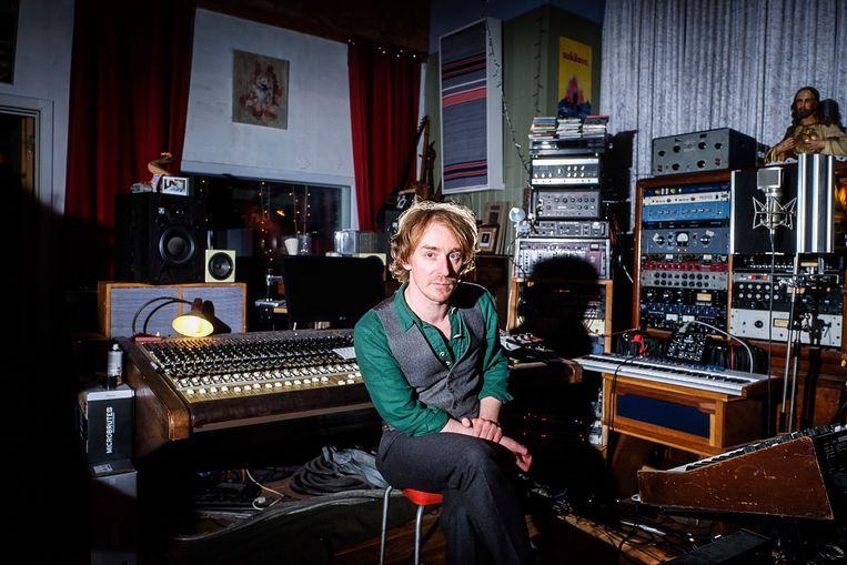 Pascal Deweze: 'Zolang ik mijn brood verdien met muziek, ben ik content.' Beeld Wouter Van Vooren