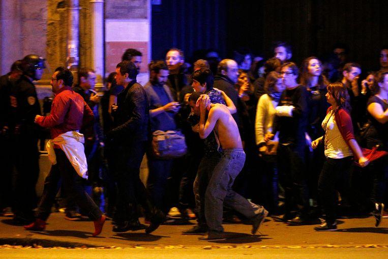 Negentig doden vielen door de aanslag in concertzaal Bataclan. Beeld Hollandse Hoogte / EPA