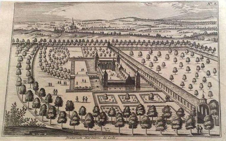 Een oude ontwerptekening van het kasteel van Mesen (centraal). Rond het gebouw zijn de slotgrachten duidelijk te zien.