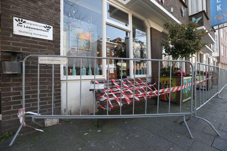 Exterieur van het Rotterdamse verpleeghuis De Leeuwenhoek, waar de Inspectie Gezondheidszorg en Jeugd (IGJ) onderzoek doet naar het hoge aantal sterfgevallen en de mogelijke link met het coronavirus. Beeld null