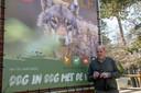 Henk Borsboom bij het Bezoekerscentrum Nunspeet, dat vlak voor corona een tentoonstelling had ingericht over de wolf.