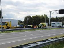 Twee gesloten rijstroken vanwege ongeluk op A1 bij Twello, file inmiddels opgelost