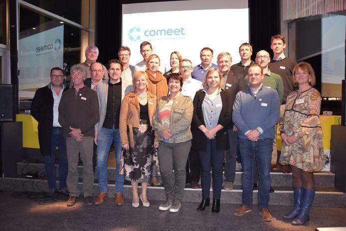 De groep van Comeet, begin dit jaar, toen er nog geen vuiltje aan de lucht was.