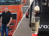 Trucker Johan zet kopje thee met zijn vrachtwagen