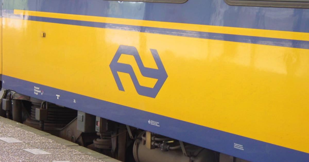 Geen treinen tussen Oss en Den Bosch na aanrijding met persoon bij station Oss-West.