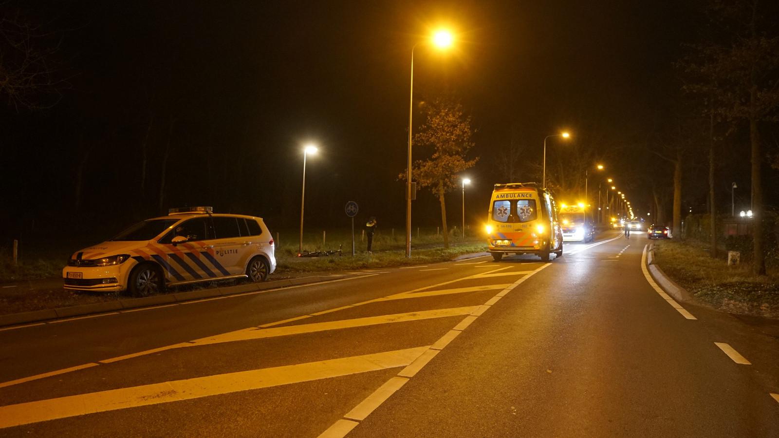 De fietsster werd geschept op het fietspad langs de N337, vlak voor de IJsseldijk richting Olst.