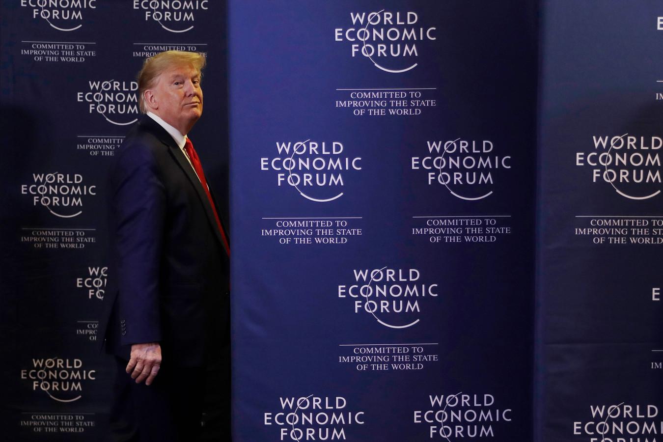 Voormalig Amerikaans president Donald Trump op het World Economic Forum in Davos vorig jaar. Hij zal er nu niet meer voor uitgenodigd worden.