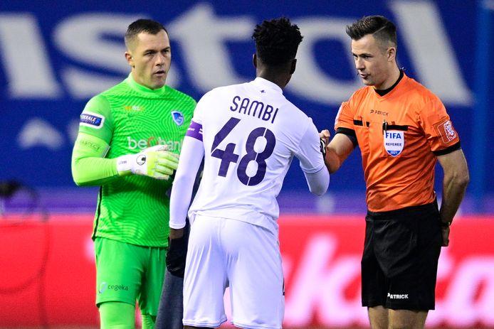 A nouveau excellent contre Genk, Albert Sambi Lokonga est un candidat pour l'Euro selon Vincent Kompany.