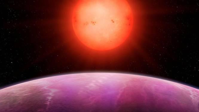 Wetenschappers ontdekken 'monsterplaneet' die alle gangbare theorieën naar de prullenbak verwijst