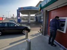 Pinautomaat verdwijnt in regio langzaam uit het straatbeeld
