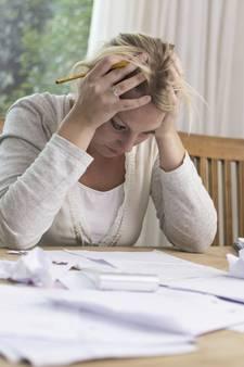 Huis-aan-huisbezoek voor Arnhemmers met schulden