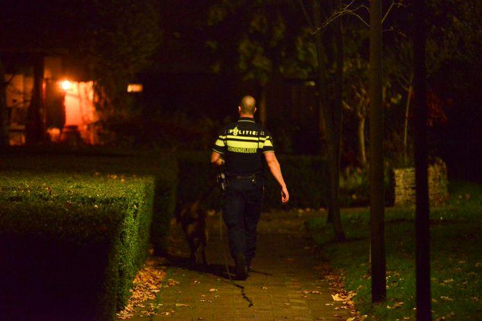 Politie doet onderzoek aan de Klaroenring.
