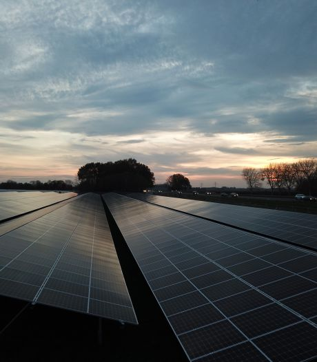 Zundert ziet liever zonnepanelen op daken dan op kostbare landbouwgrond