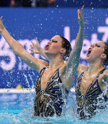 Eindelijk olympisch examen voor Brabantse synchroonzwemtweeling De Brouwer