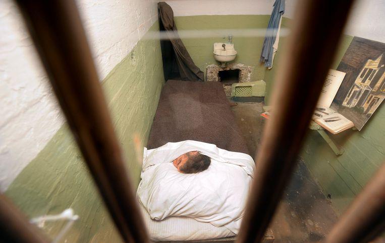 De cel van John Anglin met het valse hoofd. Beeld REUTERS