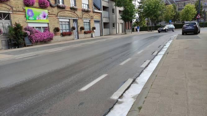 Motorrijder (60) gewond na val op oliespoor in Passendale