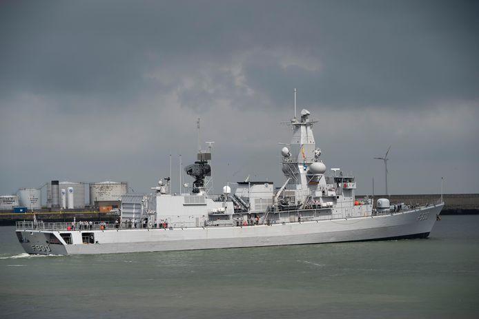 Het fregat Leopold I bij een vertrek vorig jaar uit de haven van Zeebrugge.