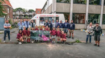 """Kortrijk bedankt jeugdverenigingen met ijsjes en campagne: """"In moeilijke omstandigheden slaagden ze erin om kampen op poten te zetten. Respect!"""""""
