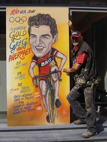 Filip Cardoen was er als de kippen bij om op een van de cartoons die hij van Van Avermaet maakte vlug een gouden medaille bij te schilderen.