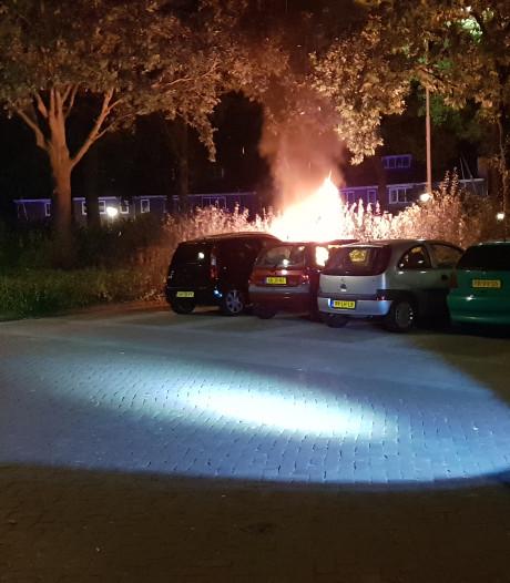 Drie autobranden in twee nachten, maar brandstichting is onzeker