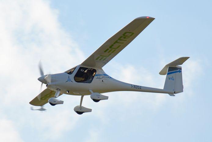 Een elektrisch vliegtuigje voor twee personen