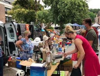 Reuzerommelmarkt lokt massa volk naar centrum