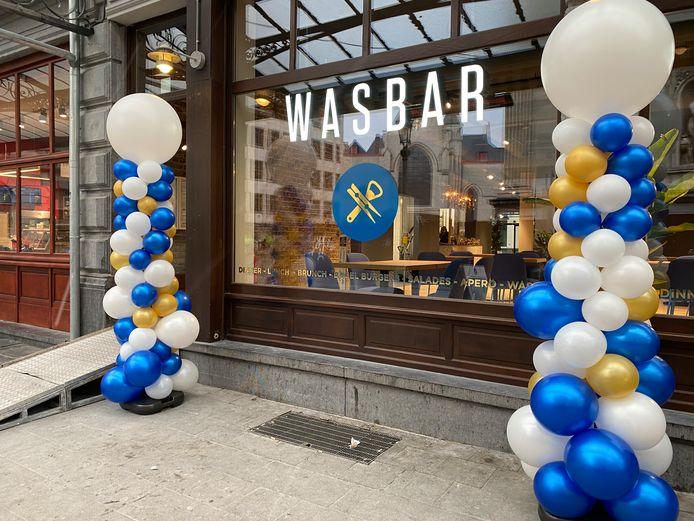 Wasbar wil nu ook de hoofdstad veroveren. Vandaag opent de eerste Wasbar op Brusselse bodem in de Henri Mausstraat.