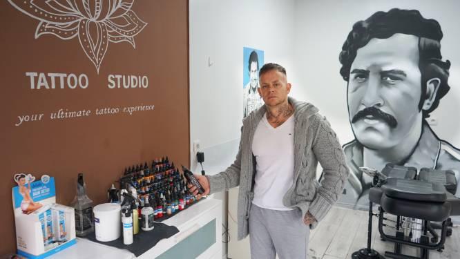 """Tattooartiest Eskobar vreest Europees verbod op inkt met isopropanol: """"Zonder alternatief moeten we opnieuw deuren sluiten. En dat na corona"""""""