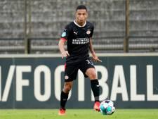 Bank, linksback, rechtsback, zes, acht, tien of spits: Mauro Júnior probeert altijd energie aan PSV te geven