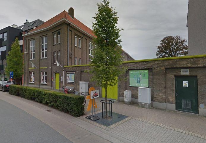 De Sint-Pieterschool in Oostkamp.