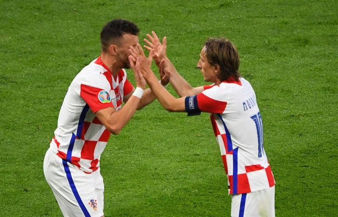 Luka Modric et Ivan Perisic: les anciens ont sauvé la Croatie.