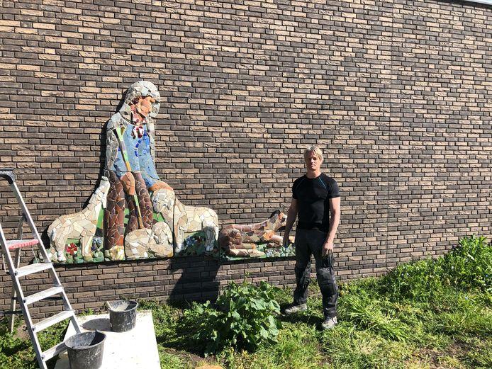 Kunstwerk 'De Goede Herder' op nieuwbouw Eben-Haëzer geplaatst