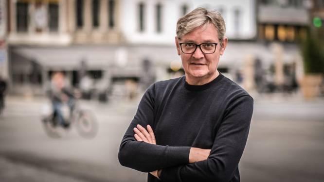 """Schepen Philippe De Coene weigerde vroegtijdige vaccinatie: """"Ook politici moeten hun beurt afwachten"""""""