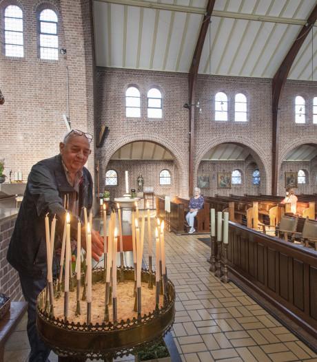 H. Caeciliakerk in Neede eventjes open: 'Mooi dat dit kan, zo vlak voor Pasen'