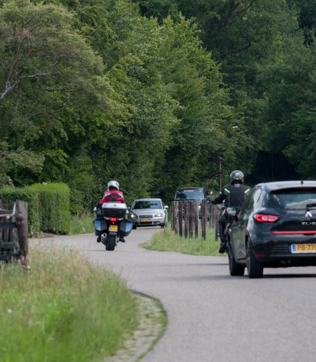 Afsluiten of drempels: hoe moet de Gortelseweg in Vierhouten veiliger worden gemaakt?