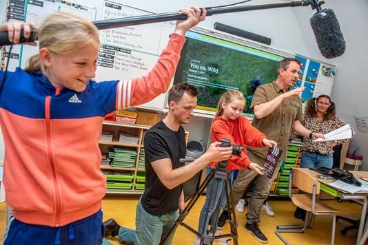 De filmploeg op OBS Benoordenhout in actie.