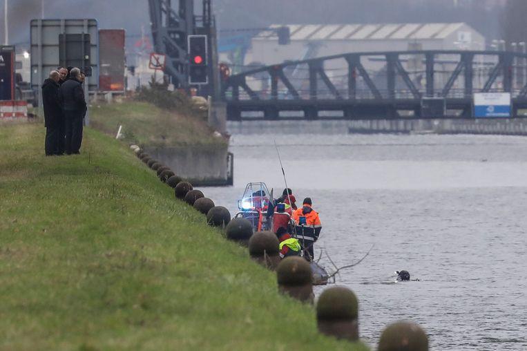 Het Zeekanaal Brussel-Schelde in Vilvoorde, waar Frederik Vanclooster afgelopen oudejaarsnacht verdween. Beeld BELGA