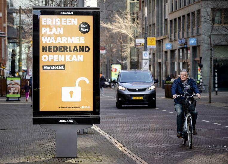 Herstel-NL lanceerde vorige week een campagne, onder meer via abri's. Beeld ANP