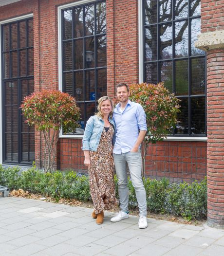 Koppel verbouwt oud Eindhovens postkantoor tot prachtwoning: 'De kluis kán er niet eens uit'