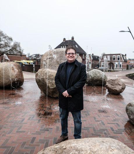 Splinternieuwe fonteinen spuiten geen water maar schuim: 'We zien dit als een kwajongensstreek'