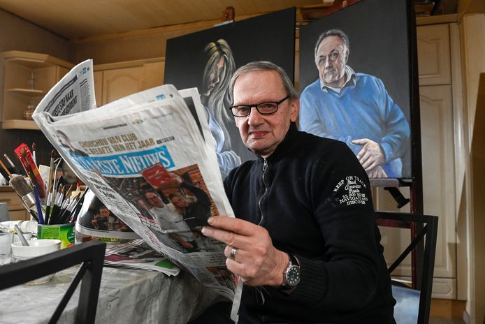 SMETLEDE, BELGIUM - JANUARY 12 : Noël Verfaillie paints portraits based on photos in the newspaper. . on January 12, 2021 in Smetlede, Belgium, 12/01/2021 ( Photo by Bert Van Den Broucke / Photonews