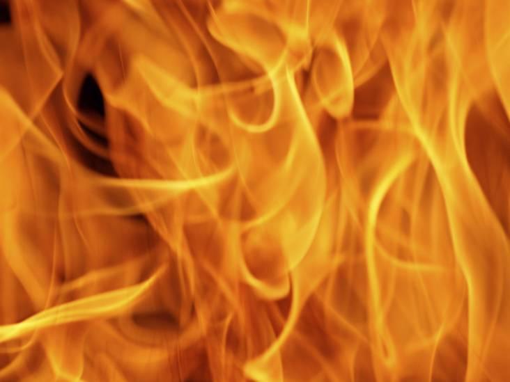 Grote brand in horecagebouw op terrein Camping de Zwarte Bergen in Luyksgestel