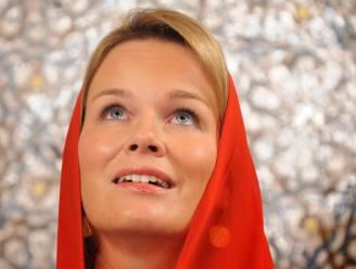 IN BEELD. 20 jaar Mathilde: van prille prinses tot klassevolle koningin