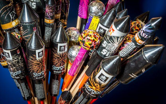 De vuurpijlen worden verboden, maar ze waren volgens de vuurwerkbranche toch al niet meer in trek.